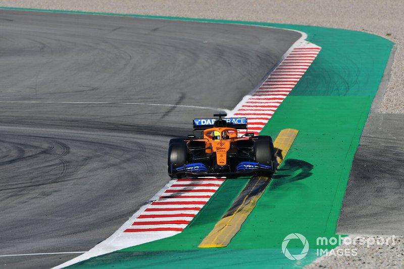 18º Lando Norris, McLaren MCL35: 1:18.454 (con neumáticos C3)