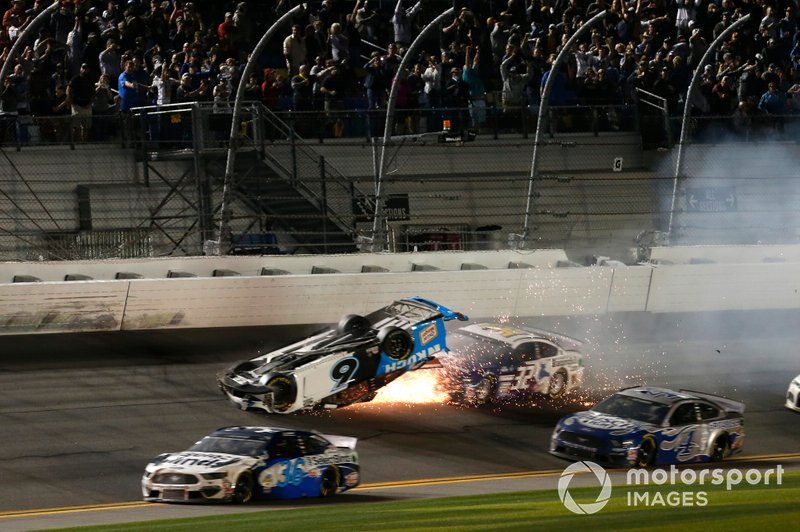 Авария: Райан Ньюман, Roush Fenway Racing, Ford Mustang Koch Industries