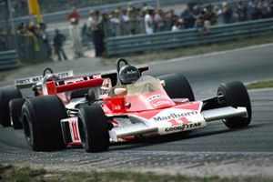 James Hunt, McLaren M23, John Watson, Penske PC4