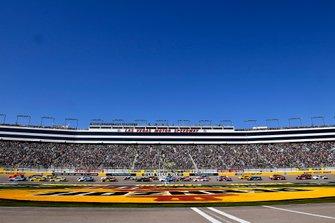 Joey Logano, Team Penske, Ford Mustang Pennzoil start