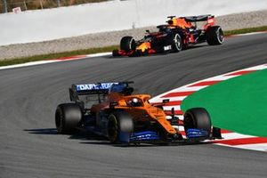 Carlos Sainz Jr., McLaren MCL35 leads Alex Albon, Red Bull Racing RB16