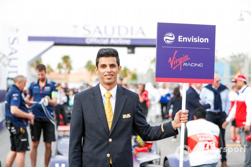 Envision Virgin Racing grid person