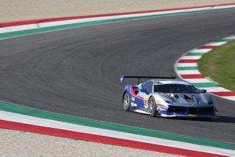#327 Ferrari 488 Challenge, Ferrari of Beverly Hills: Lisa Clark