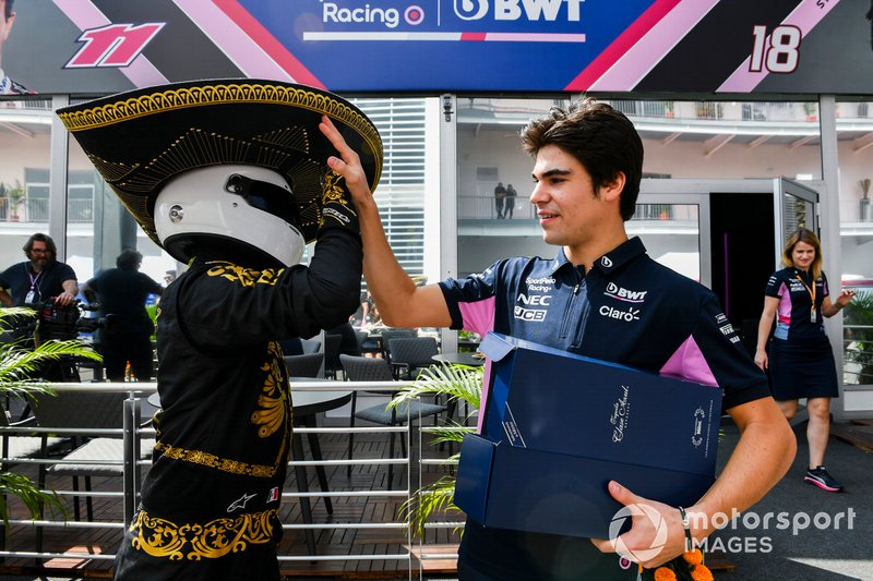 Mario Achi, Mexican GP Promoter presents Lance Stroll, Racing Point with a bottle of Tequila