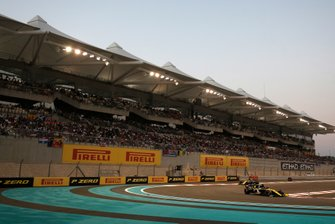 Daniel Ricciardo, Renault F1 Team R.S.19, Nico Hulkenberg, Renault F1 Team R.S. 19