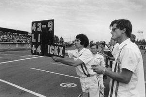 Denny Hulme, McLaren, Bruce McLaren