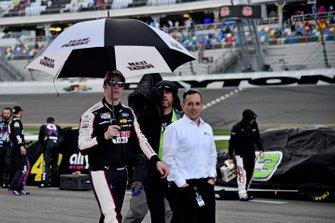 Brad Keselowski, Team Penske, Ford Mustang Discount Tire, rain delay