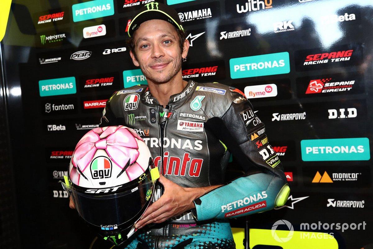 Valentino Rossi, Petronas Yamaha SRT con su nuevo casco para Misano