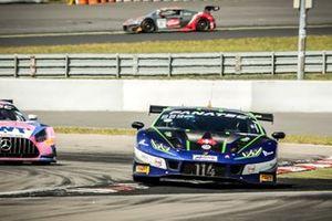 #114 Emil Frey Racing Lamborghini Huracan GT3 Evo: Konsta Lappalainen, Luca Ghiotto, Arthur Rougier