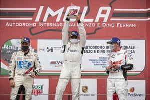 Podio: Massimiliano Montagnese, Team Malucelli, Davide Scannicchio, ZRS Motorsport e Marco Parisini, Team Malucelli