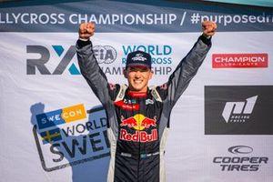 Podium: Winner Timmy Hansen, Hansen World RX Team Peugeot 208