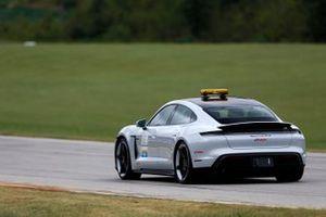 Pace-Car: Porsche Taycan