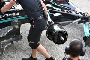 Mercedes W12 front brake drum detail
