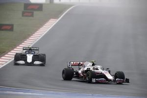 Mick Schumacher, Haas VF-21, Nicholas Latifi, Williams FW43B