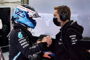 Valtteri Bottas, Mercedes, celebrates with his team in Parc Ferme
