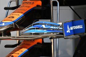 Tech Detail Piola Tech, McLaren MCL35M front wing nose cone fins