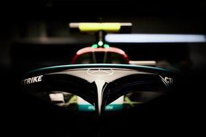 Halo op de auto van Valtteri Bottas, Mercedes W12
