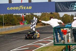 1. Frédéric Vervisch, Comtoyou Team Audi Sport Audi RS 3 LMS