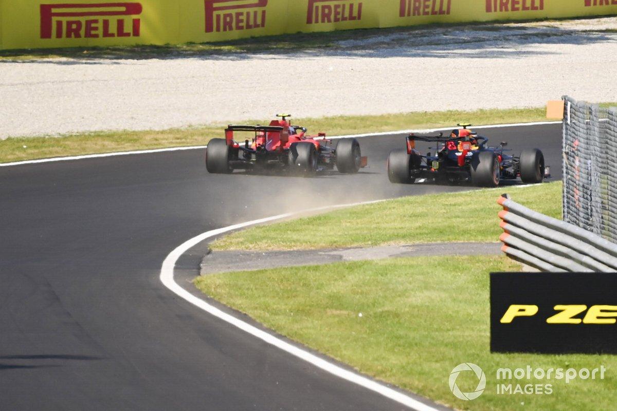 Alex Albon, Red Bull Racing RB16, lotta con Charles Leclerc, Ferrari SF1000