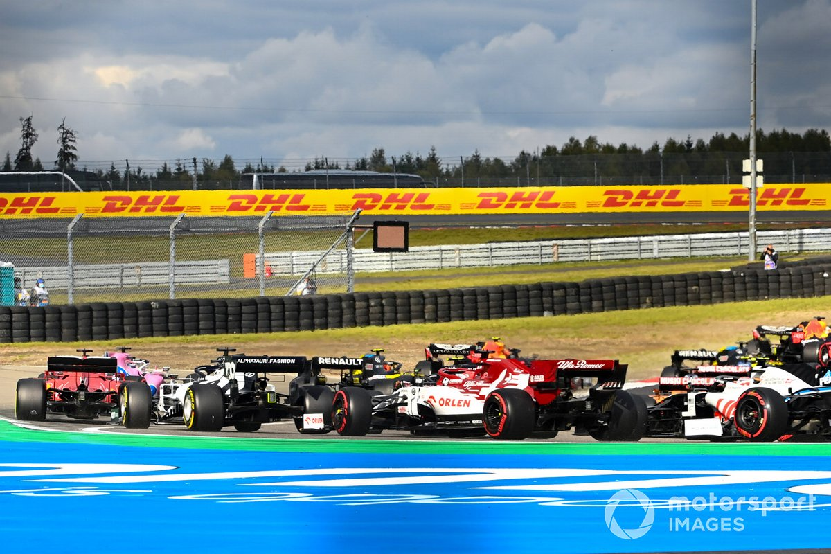 Daniil Kvyat, AlphaTauri AT01, Kimi Raikkonen, Alfa Romeo Racing C39, Kevin Magnussen, Haas VF-20