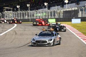 Safety Car Lewis Hamilton, Mercedes F1 W11 and Charles Leclerc, Ferrari SF1000