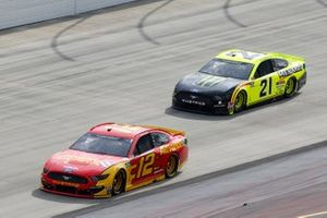 Ryan Blaney, Team Penske, Ford Mustang Advance Auto Parts, Matt DiBenedetto, Wood Brothers Racing, Ford Mustang Menards/Monster Energy