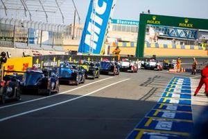 WEC-Autos in der Boxengasse