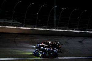 #57 Heinricher Racing w/MSR Curb-Agajanian Acura NSX GT3, GTD: Alvaro Parente, Misha Goikhberg, #24 BMW Team RLL BMW M8 GTE, GTLM: John Edwards, Jesse Krohn
