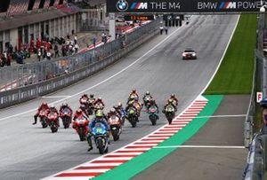 Хоан Мир, Team Suzuki MotoGP, лидирует на старте