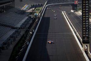 Scott Dixon, Chip Ganassi Racing Honda leads