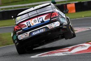 Ollie Brown, RCIB Insurance Racing with Team HARD. Volkswagen CC