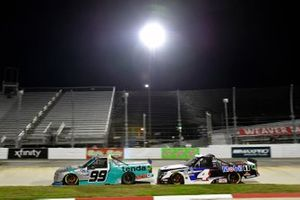 #99: Ben Rhodes, ThorSport Racing, Ford F-150 Tenda Heal and #4: Raphael Lessard, Kyle Busch Motorsports, Toyota Tundra Mobil 1