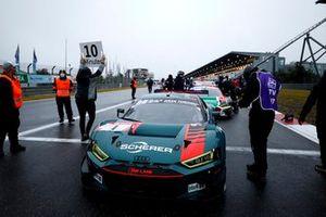 Restart in 10 min, #1 Audi Sport Team Phoenx Audi R8 LMS GT3: Nico Müller, Dries Vanthoor, Frederic Vervisch