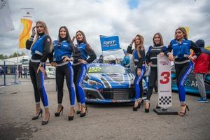Гридгерлз команды Sofit Racing Team