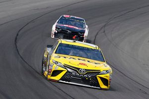 Daniel Suarez, Joe Gibbs Racing, Toyota Camry STANLEY, Austin Dillon, Richard Childress Racing, Chevrolet Camaro Dow WE Are Innovators