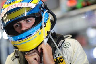 #11 Wochenspiegel Team Monschau Ferrari 488 GT3: Nico Menzel