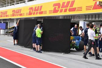 Paravento fuori dal garage Williams