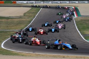 Federico Malvestiti, Jenzer Motorsport, al comando alla partenza