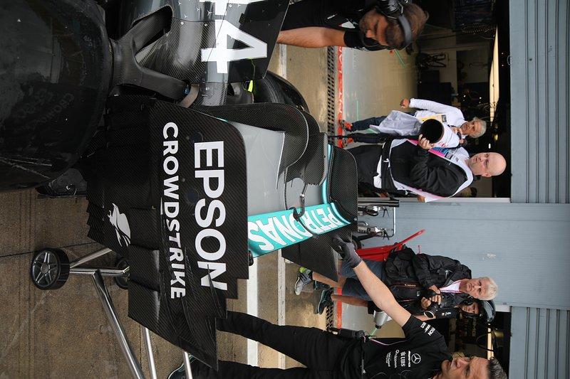 Lewis Hamilton, Mercedes AMG F1 W10 alerón trasero detalle