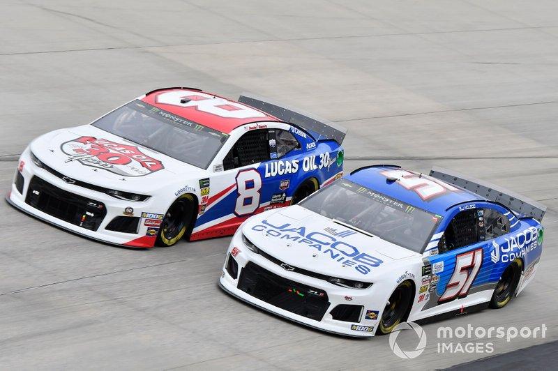 Daniel Hemric, Richard Childress Racing, Chevrolet Camaro Lucas Oil, Austin Theriault, Petty Ware Racing, Ford Mustang JACOB COMPANIES