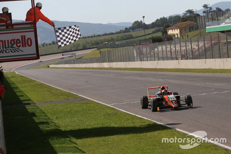 Dennis Hauger, Van Amersfoort Racing BV
