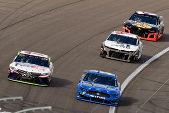 Garrett Smithley, Rick Ware Racing, Chevrolet Camaro Honest Abe Roofing and Denny Hamlin, Joe Gibbs Racing, Toyota Camry FedEx Ground