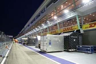 Williams freight in the pit lane