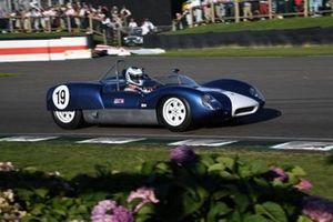 Whitsun Trophy Darren Turner Lotus 19