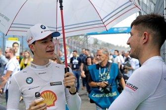Sheldon van der Linde, BMW Team RBM, Jake Dennis, R-Motorsport