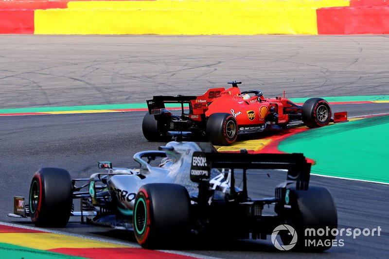 Hamilton feels he can pass Vettel