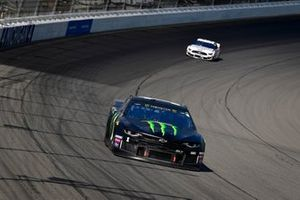 Kurt Busch, Chip Ganassi Racing, Chevrolet Camaro Monster Energy, Brad Keselowski, Team Penske, Ford Mustang Discount Tire