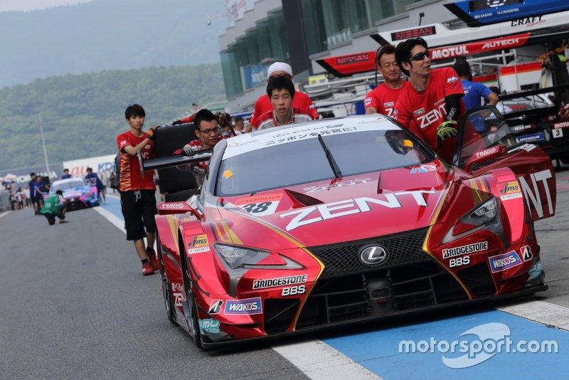 #38 Lexus LC500 (Cerumo) - Yuji Tachikawa (JPN/44) & Hiroaki Ishiura (JPN/38): Tachikawa ist der Marathonmann im Feld. Er hat 23 Saisons auf dem Buckel, wurde 2001, 2005 und 2013 Meister und ist ein wahrer Fuji-Spezialist: Acht von 18 Siegen feierte er dort. Seit 2019 führt er auch das Cerumo-Team. Ishiura holte zwei Super-Formula-Titel.