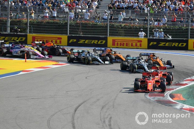 Sebastian Vettel, Ferrari SF90, Charles Leclerc, Ferrari SF90, Lewis Hamilton, Mercedes AMG F1 W10, Carlos Sainz Jr., McLaren MCL34, Valtteri Bottas, Mercedes AMG W10