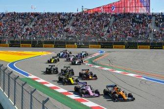 Lando Norris, McLaren MCL34, Sergio Perez, Racing Point RP19, Nico Hulkenberg, Renault F1 Team R.S. 19, Max Verstappen, Red Bull Racing RB15, Kevin Magnussen, Haas F1 Team VF-19, Romain Grosjean, Haas F1 Team VF-19